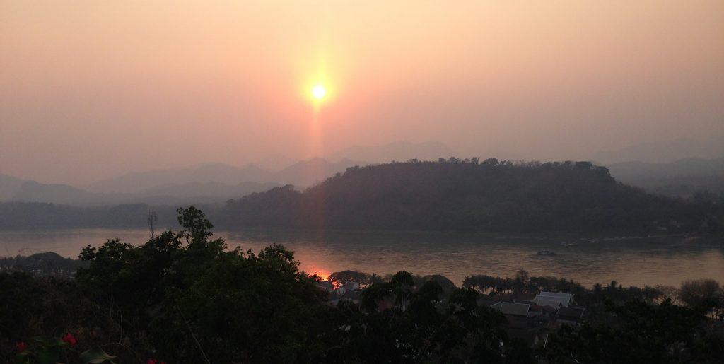 coucher de soleil Luang Prabang whatside