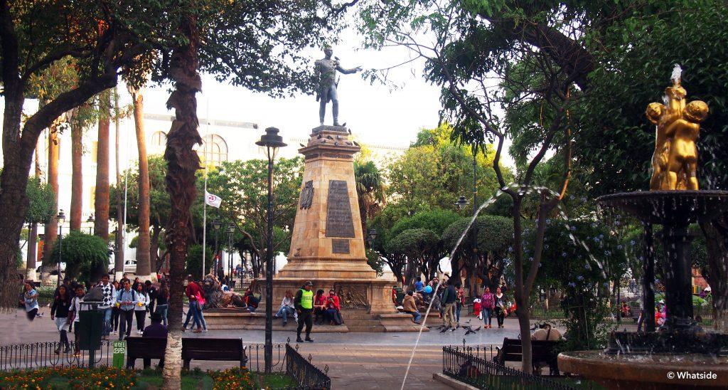 plaza 25 de Mayo sucre bolivie